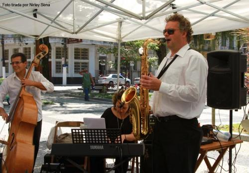 Boa música na praça