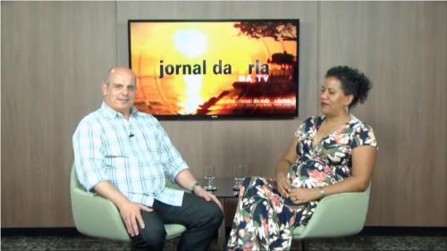 Cássio Laranja entrevista a cantora indiana Nomma